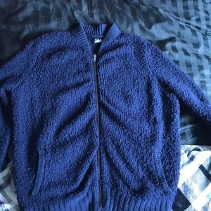 fluffy navy blue AE/aerie zip up cardigan/sweater